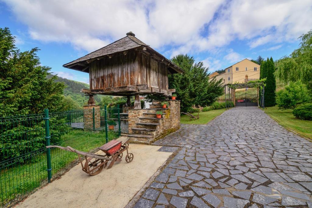Apartments In Gromaz Galicia
