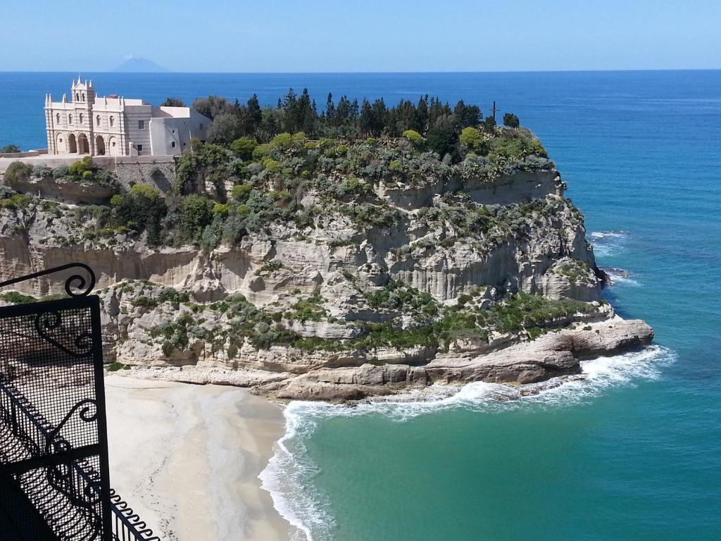 Guesthouse Salva Gente Lamezia Terme Italy Bookingcom