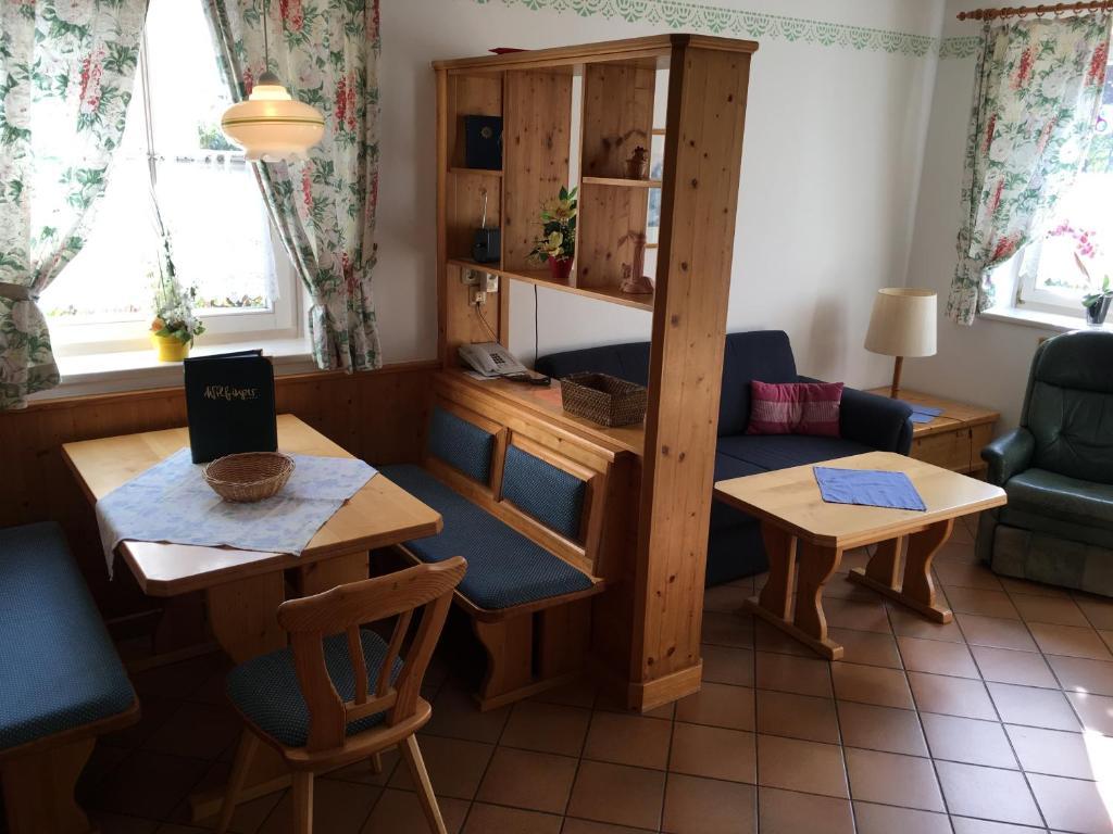 Ausgezeichnet Küche Und Bad Convention 2013 Galerie - Küche Set ...