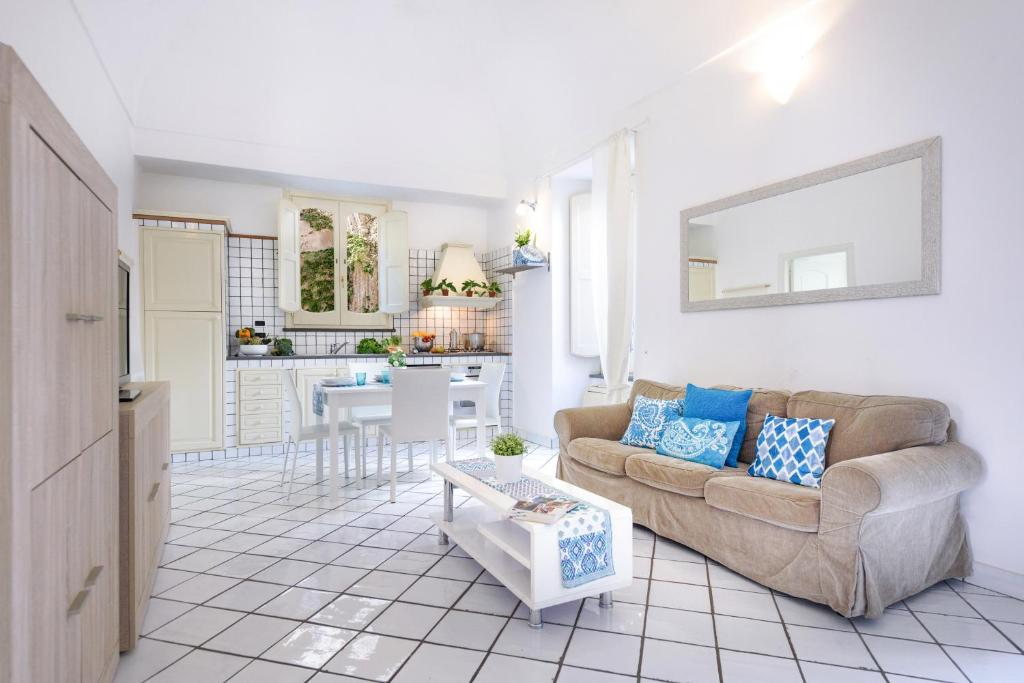 Paper Apartment-pool access, Amalfi – Updated 2019 Prices