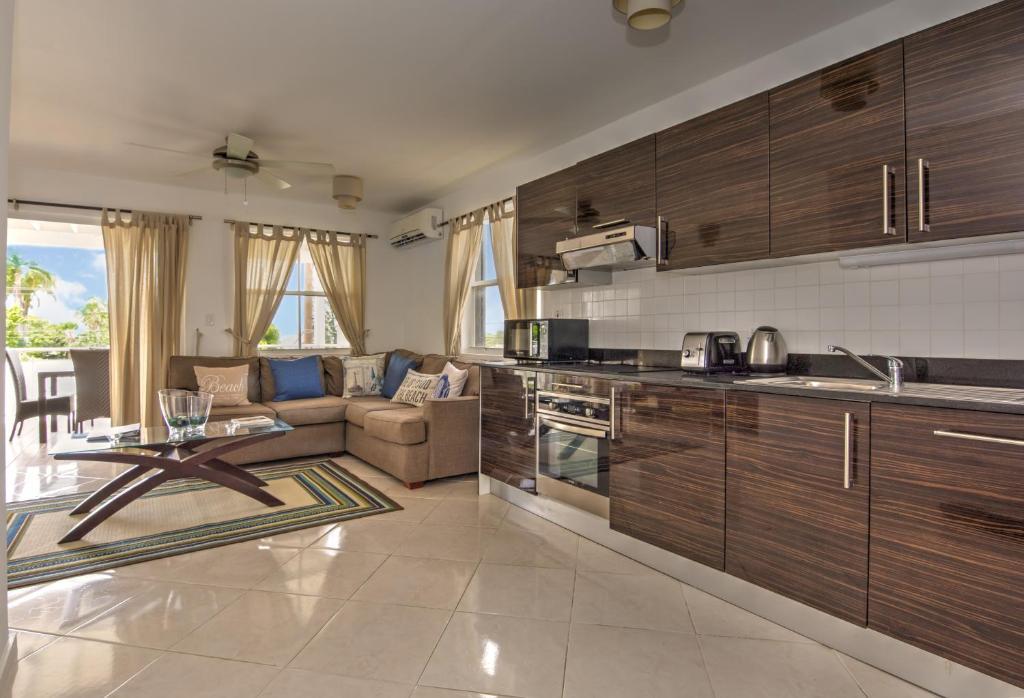 Apartments In Weston