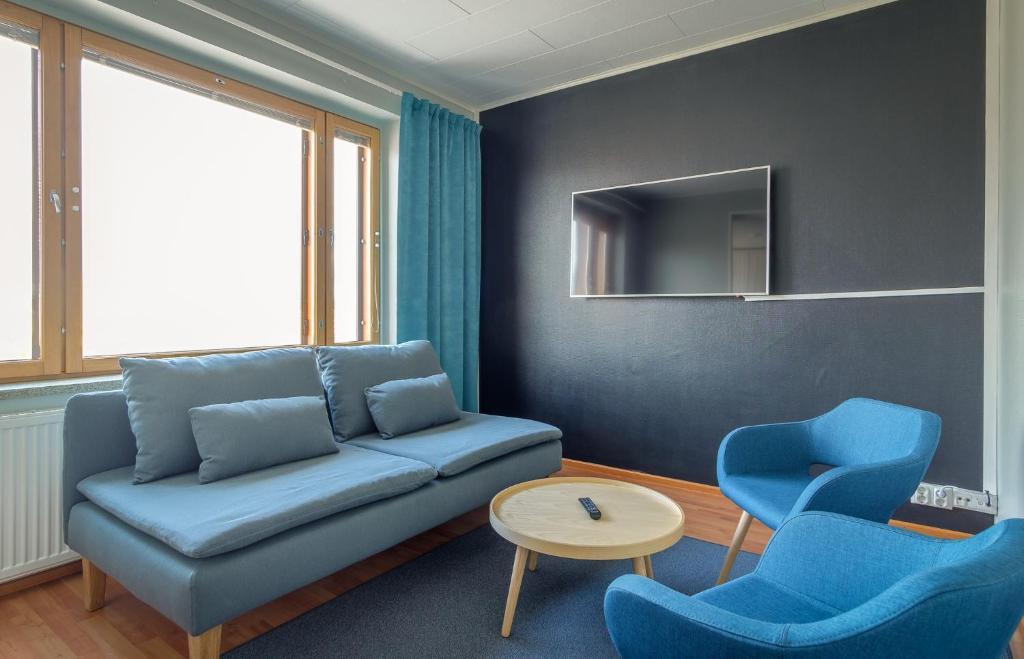 A seating area at Kultahippu Hotel & Apartments