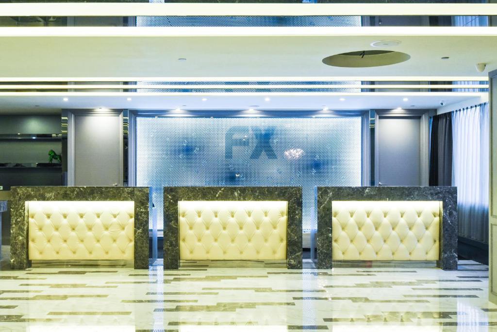 Lobby alebo recepcia v ubytovaní FX Hotel Tainan