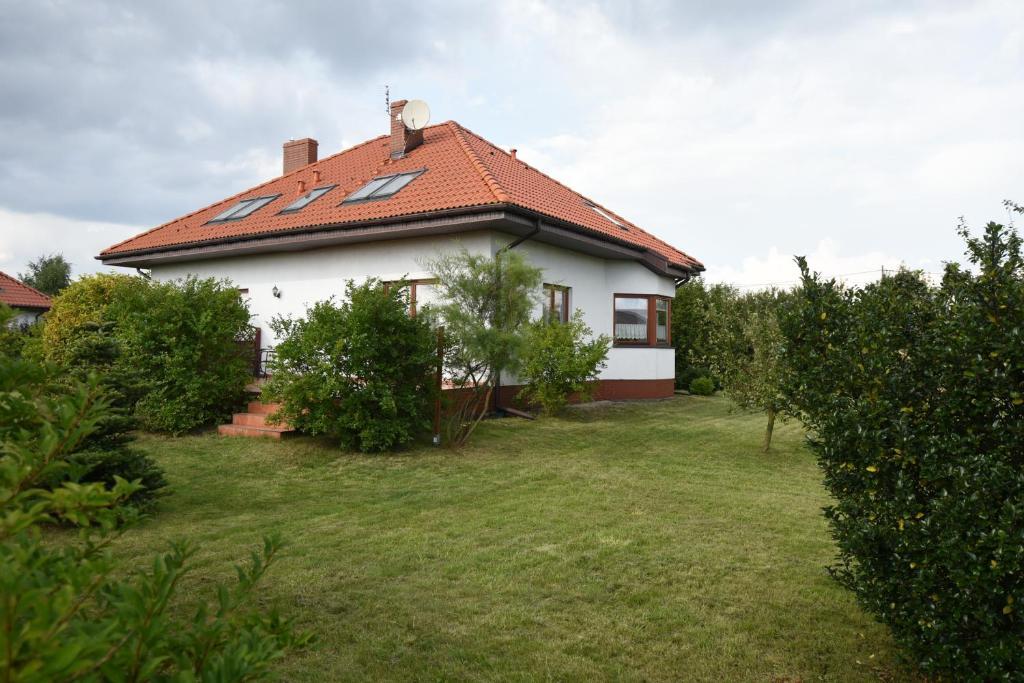 Haus mit garten  Vacation Home Haus mit Garten, Szczecin, Poland - Booking.com