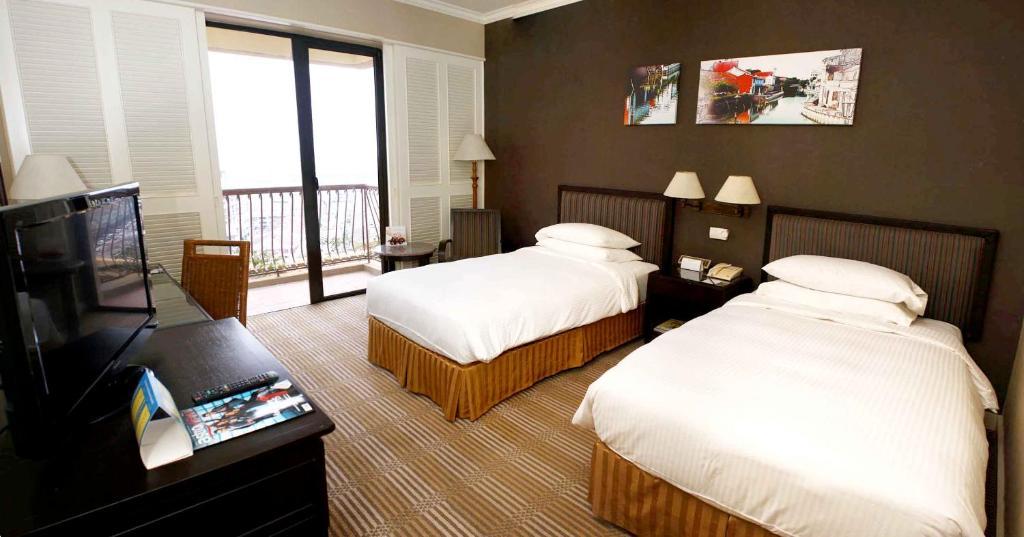 Hotel Equatorial Melaka (Malaysia Melaka) - Booking.com