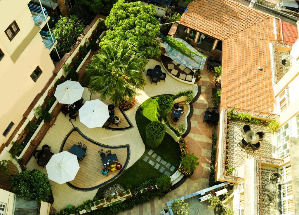 A bird's-eye view of Hotel Moonlight