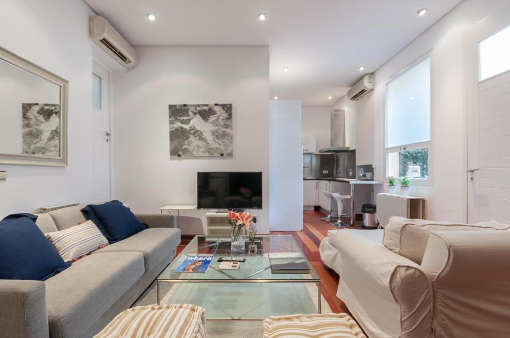 Apartment Dúplex Génova Madrid Spain Bookingcom