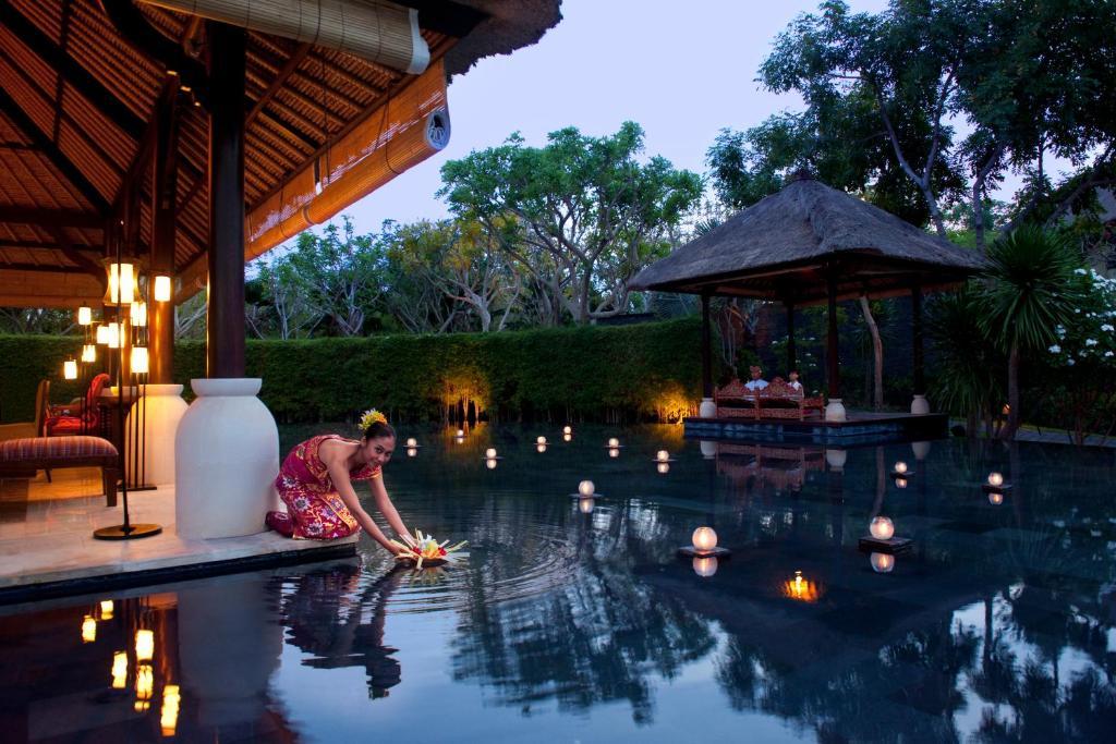 The villas at ayana resort bali jimbaran indonesia for Bali indonesia hotel booking