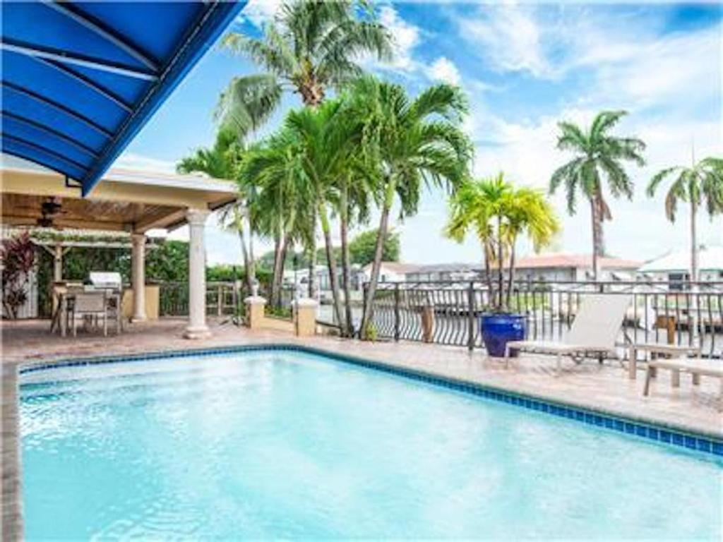 Palm Villa, Pompano Beach, FL - Booking.com