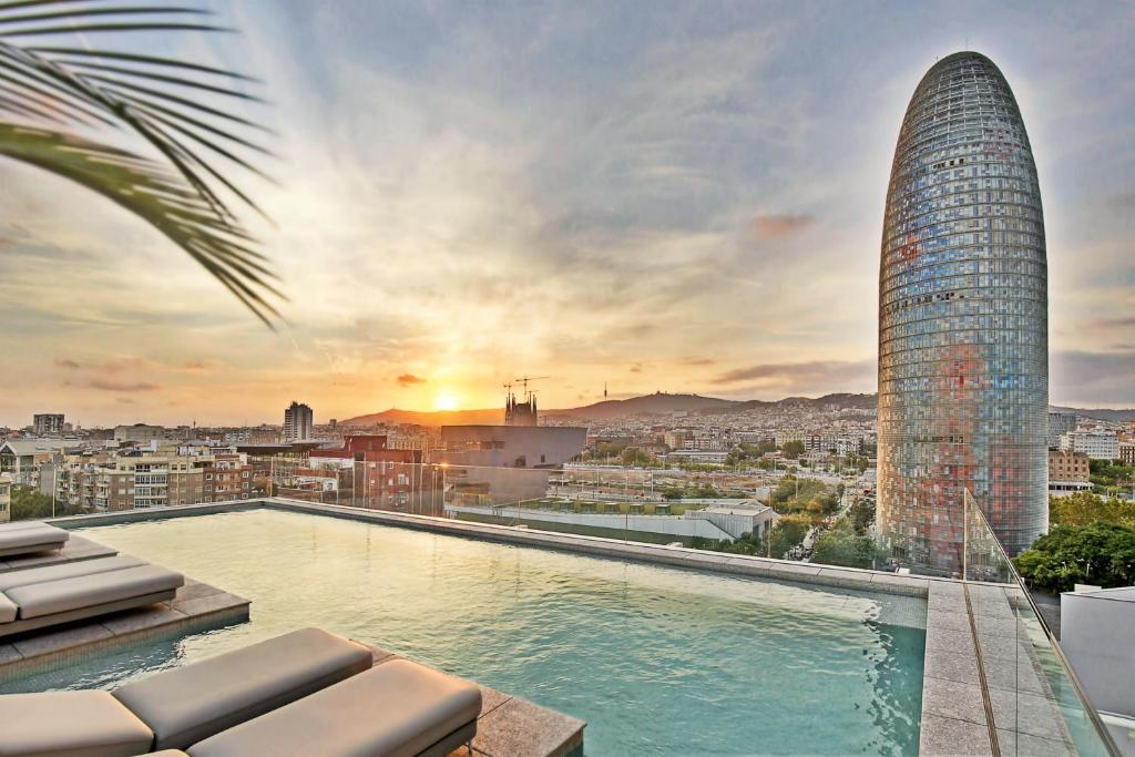 Hotel sb glow sup spanien barcelona for Hotel 4 barcelona booking