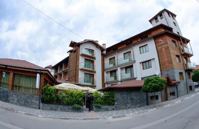 Хотел Hotel Victoria - Добринище