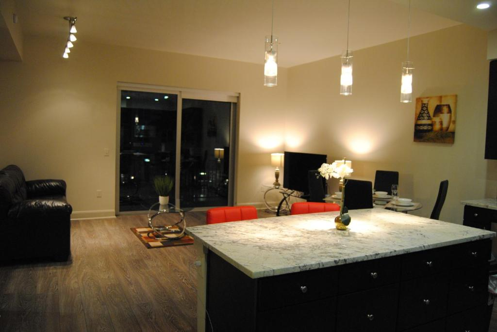 Luxurious Condos Market Street The Woodlands Tx Tx Booking Com