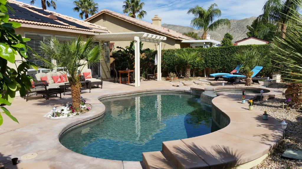 Vacation Home Gorgeous 2 Bedroom Home Desert Hot Springs CA