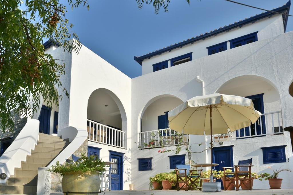 116256485 - Nefeli Villas