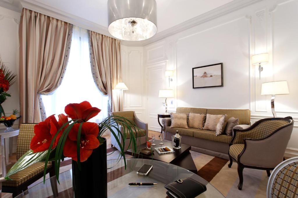 Majestic Hotel - Spa Paris, France - Booking.com