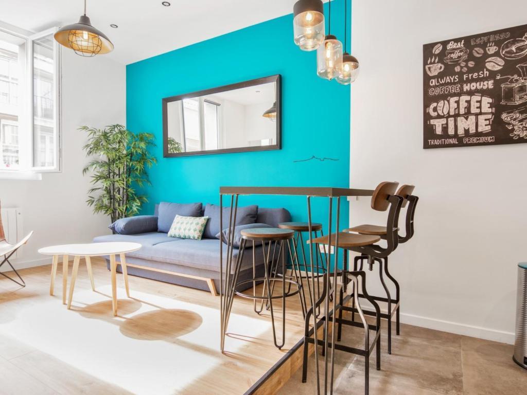 Welkeys apartment pytheas marseille tarifs 2019 - Boite de nuit marseille vieux port ...