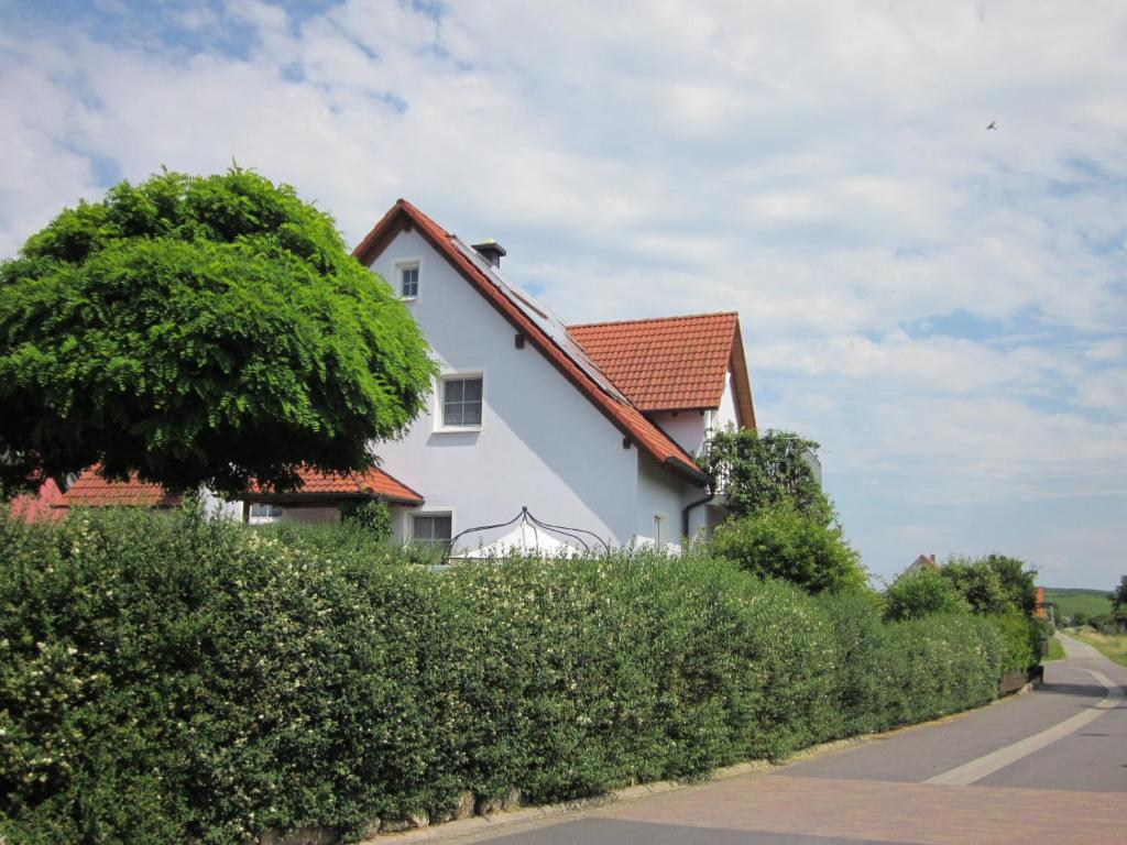 Ferienwohnungen Strauß (Deutschland Volkach) - Booking.com