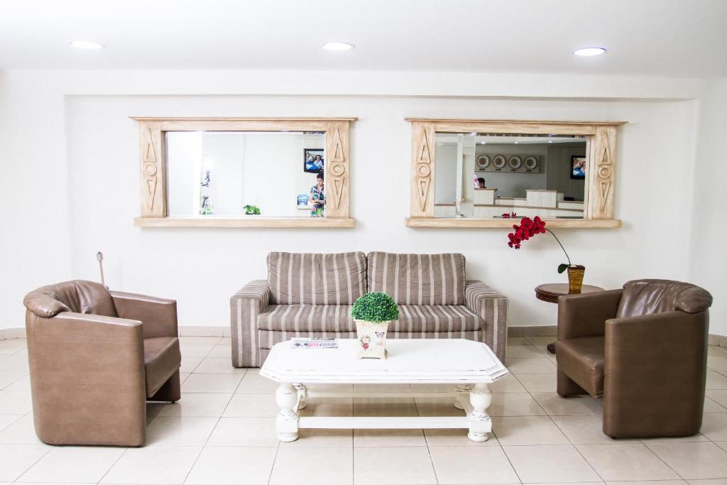 Area soggiorno di Hotel Binder Quality Inn