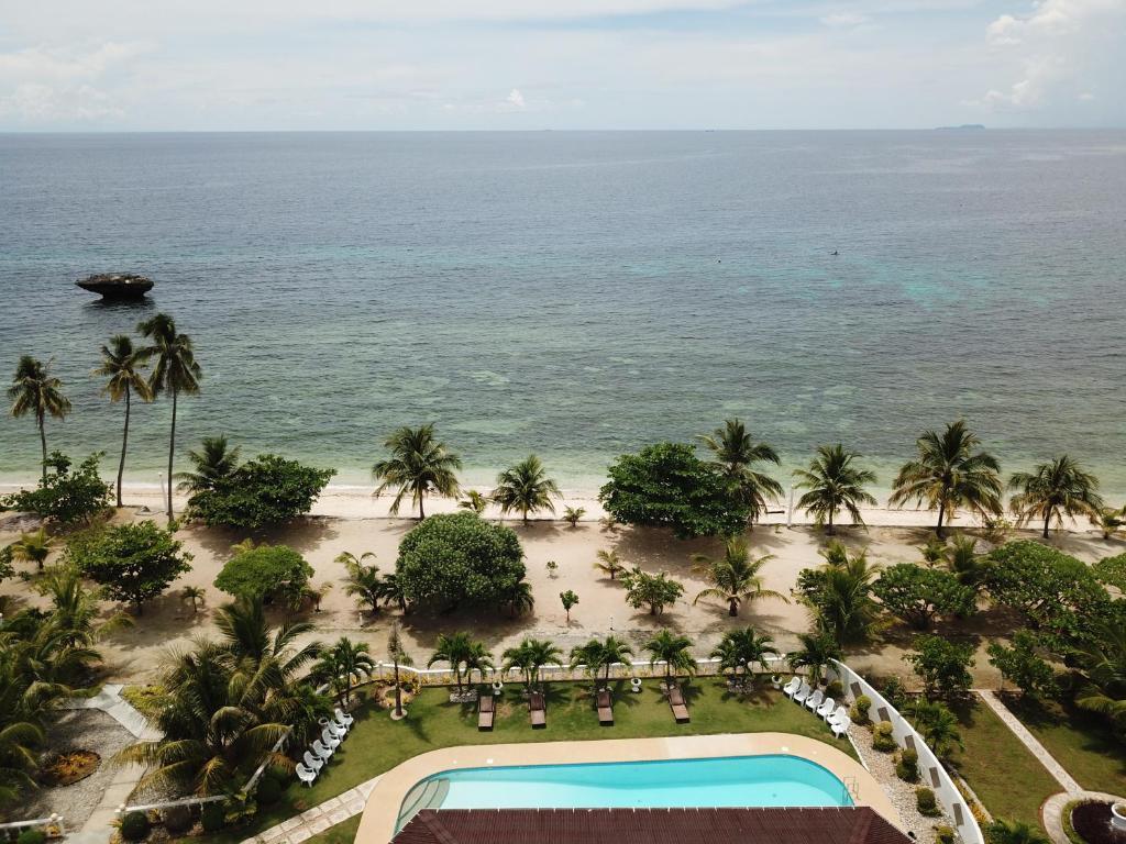 Gold View Beach Resort