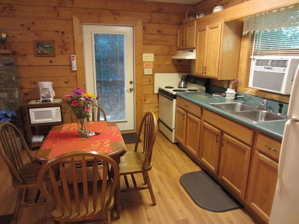 att cottage in valley rentals amazing nc cabin of pictures cabins x maggie photo