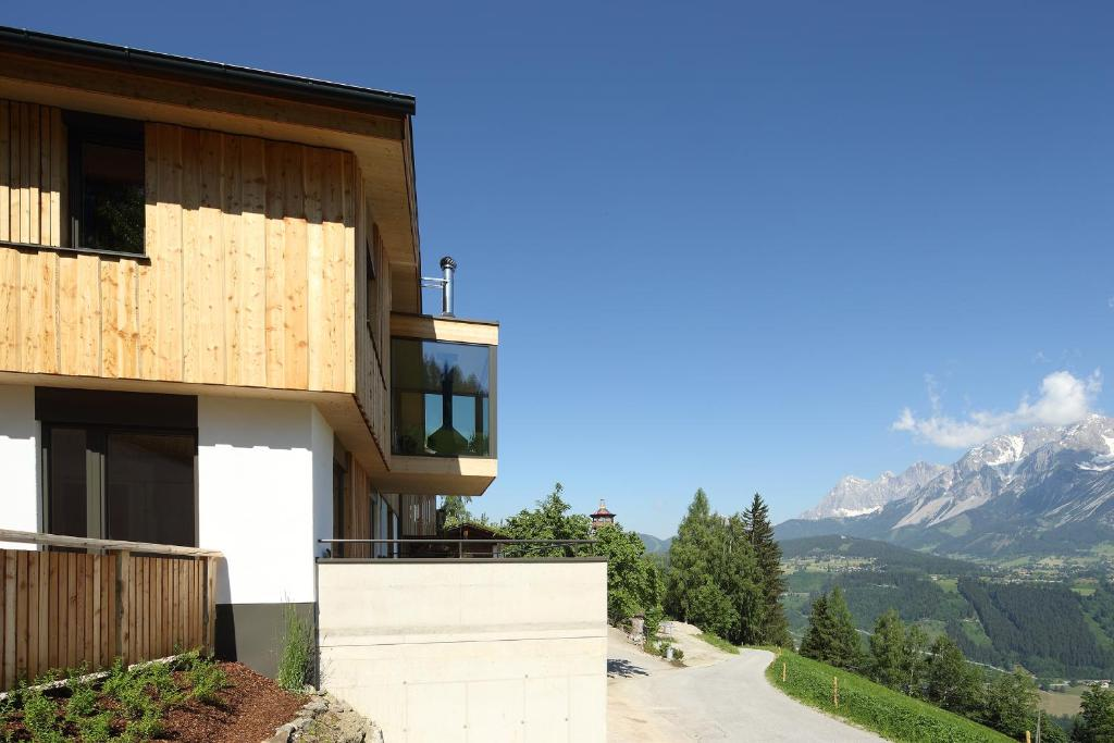 Chalet Alm Planai, Schladming, Austria - Booking.com