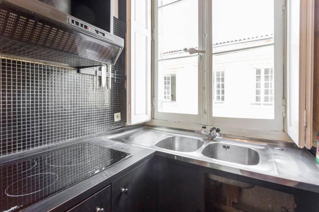 Apartment Bdw Le Baroque Quartier Pey Berland Bordeaux France Booking