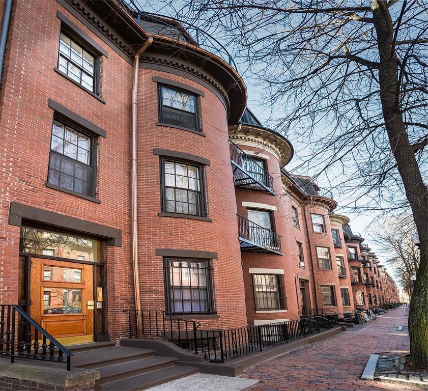 102 Chandler #5 By Lyon Apartments, Boston, MA