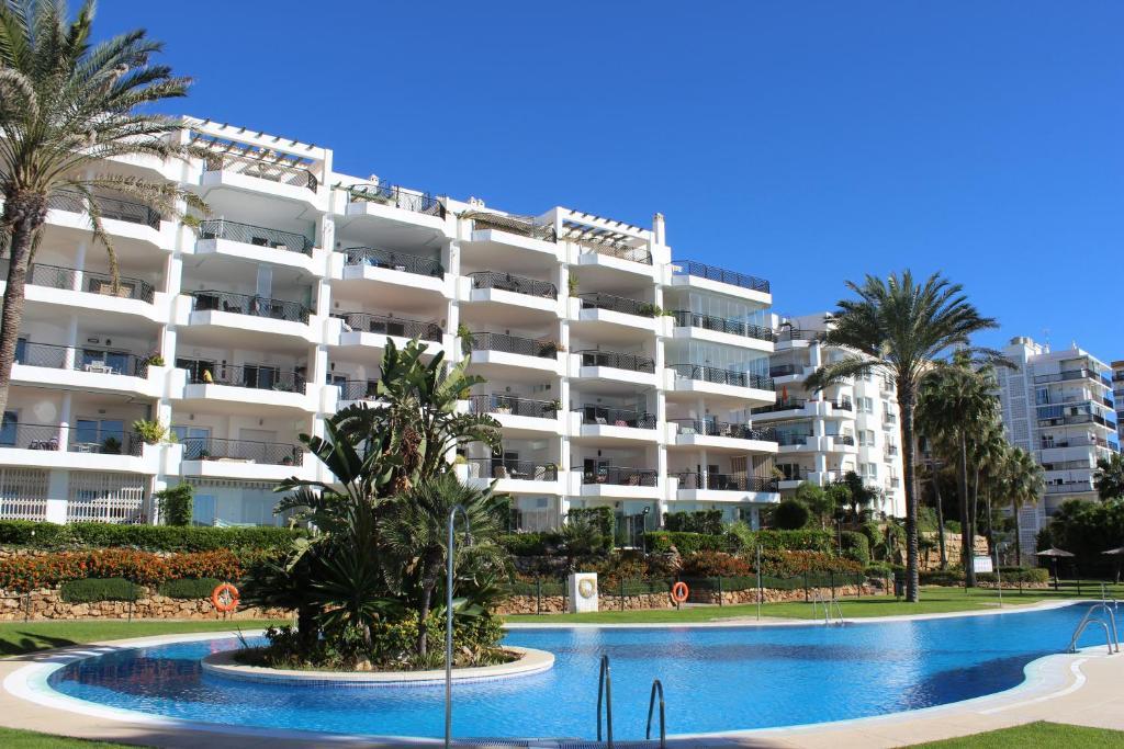Mi capricho penthouse apartment sitio de calahonda for Penthouse apartment price