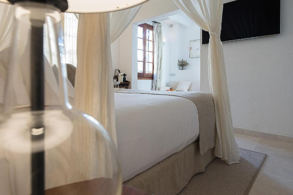 boutique hotels in balearic islands  95