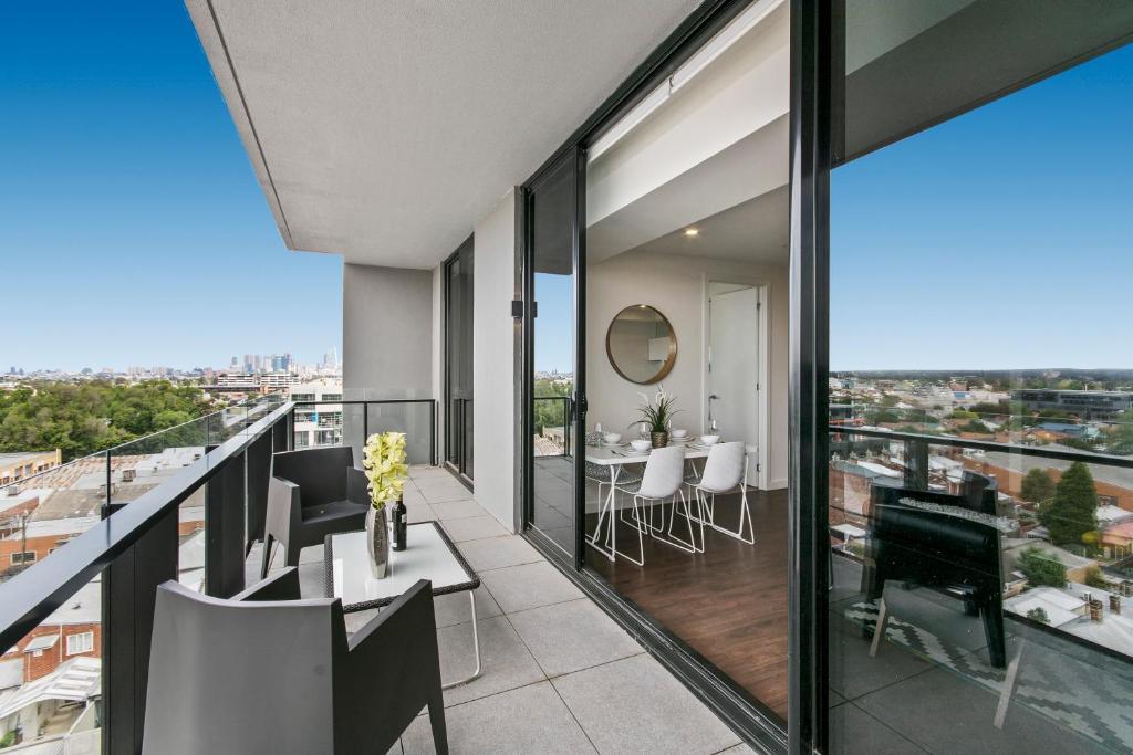 Serviced Apartments Melbourne Mason Australia Booking Com