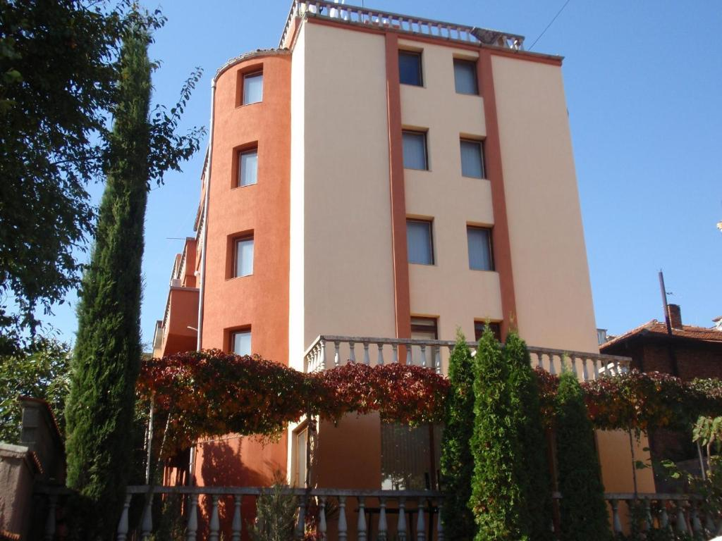 Хотел Семеен хотел Свети Илия - Бургас