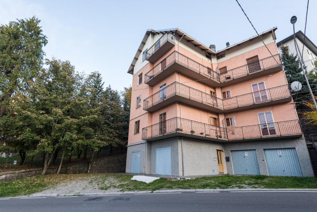 Case Di Tronchi Romania : Residence romania sestola u prezzi aggiornati per il
