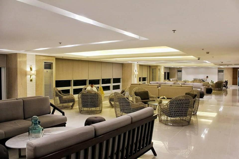 Breeze residences wtr manila philippines booking gallery image of this property gumiabroncs Gallery