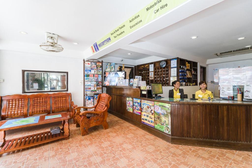 Rich Resort Beachside (Thailand Lamai) - Booking.com