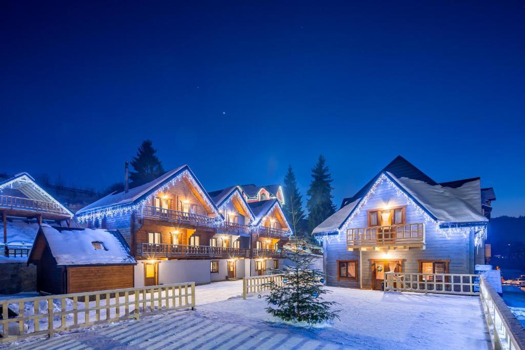5677aadc1576 Family Hotel Cascad, Bukovel, Ukraine - Booking.com