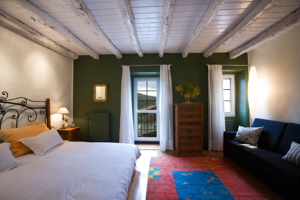 hotels with  charm in navarre  30