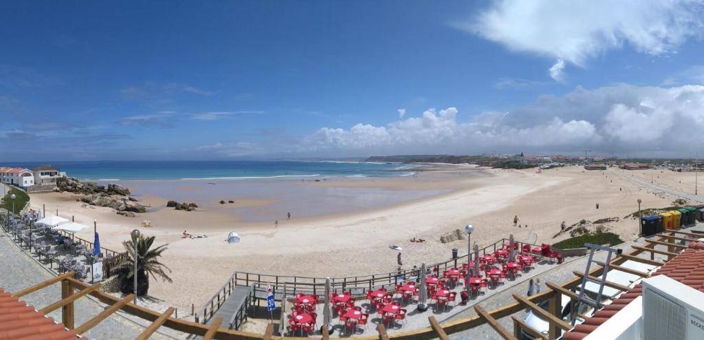 Guesthouse Wave Center Baleal Portugal Bookingcom - Portugal map baleal