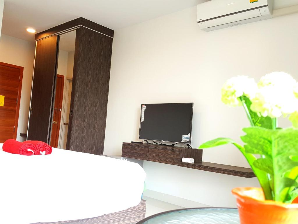 THE ALL 24 Luxury Residence, Bangkok, Thailand - Booking.com