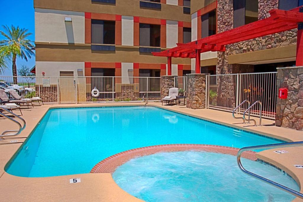 Best Western Legacy Inn Amp Suites Mesa Az Booking Com