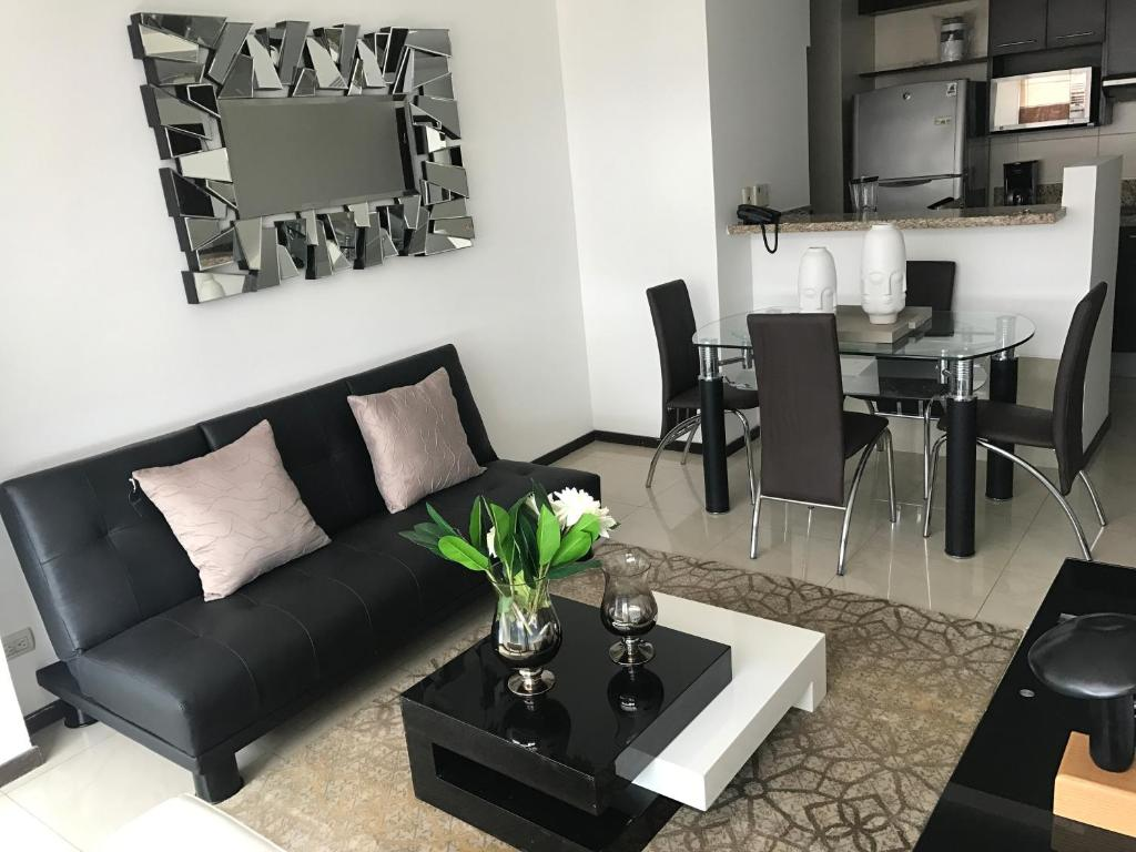 ELITE BUILDING- Apartamento cerca MALL DEL SOL, Guayaquil – Precios ...
