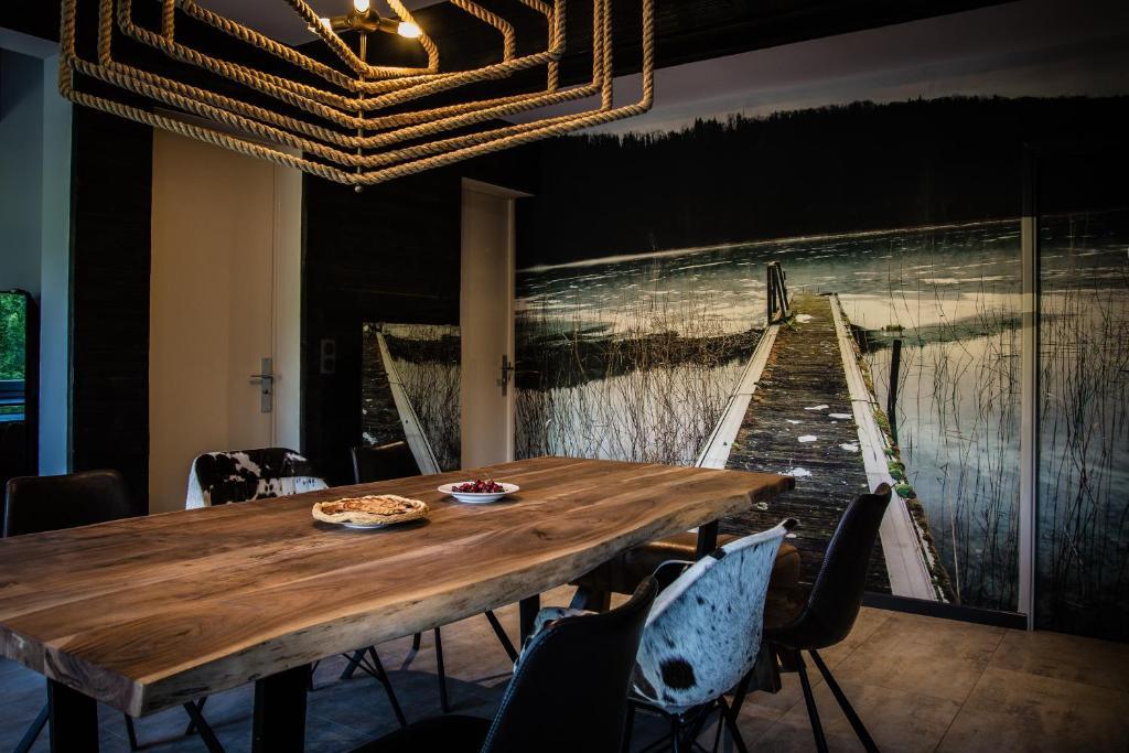 gite du lac de chambly doucier tarifs 2018. Black Bedroom Furniture Sets. Home Design Ideas