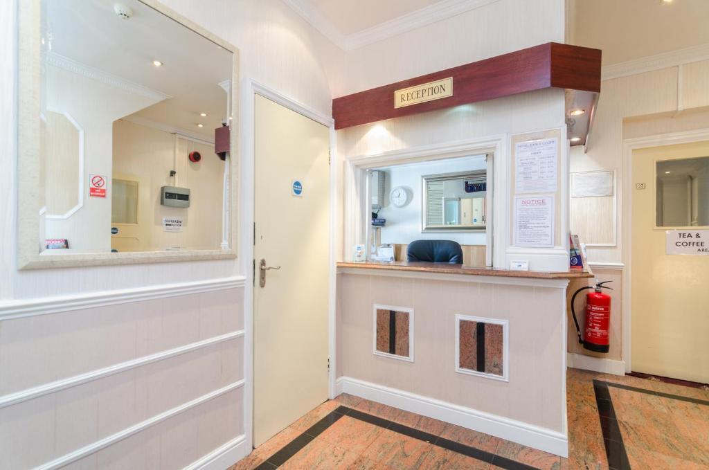 Earls Court Hotel, Londra – Prezzi aggiornati per il 2018