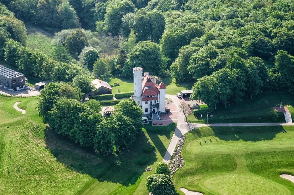 A bird's-eye view of Hotel Schloss Ranzow