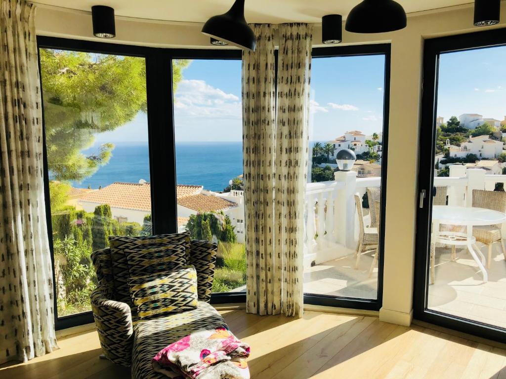 Panorama Luxury Villa, Cumbre del Sol – Precios actualizados 2018