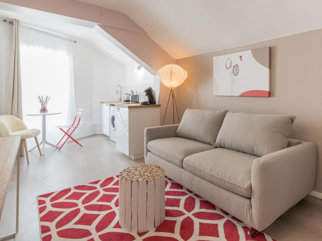 welkeys apartment avenue jean jaur s lyon tarifs 2018. Black Bedroom Furniture Sets. Home Design Ideas