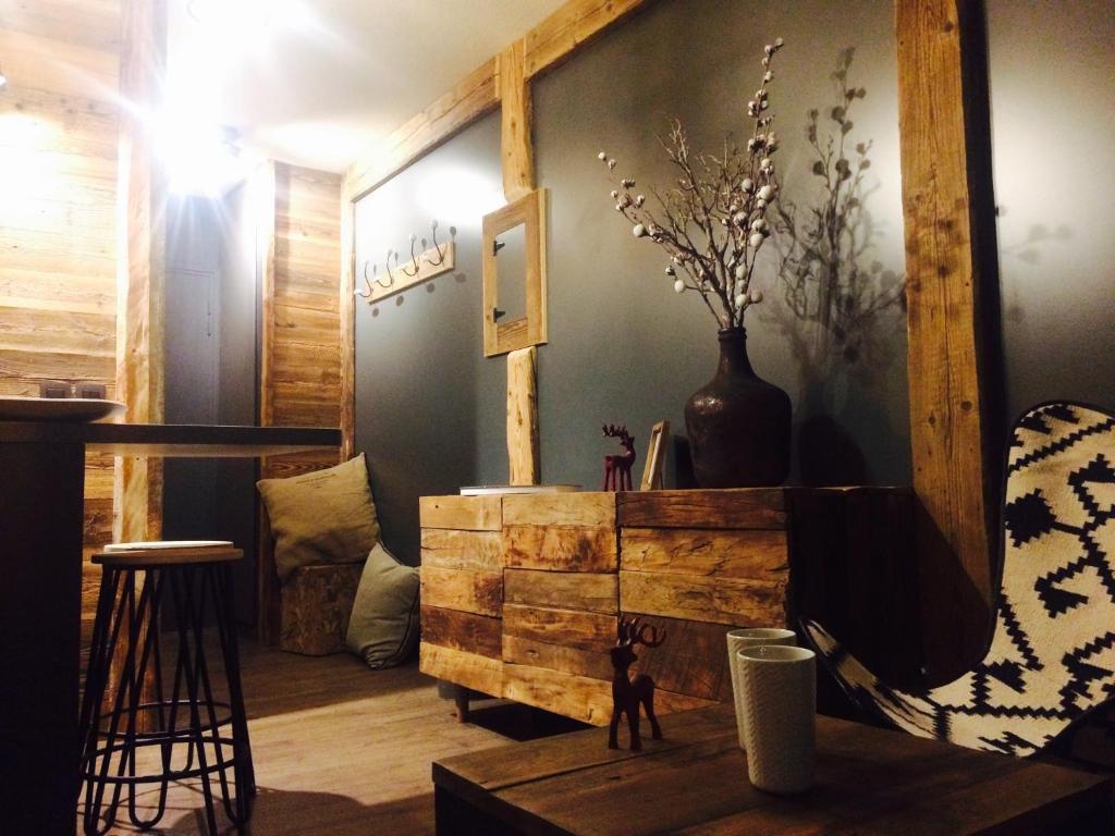 Appartement la Télécabine, Chamonix-Mont-Blanc, France - Booking.com