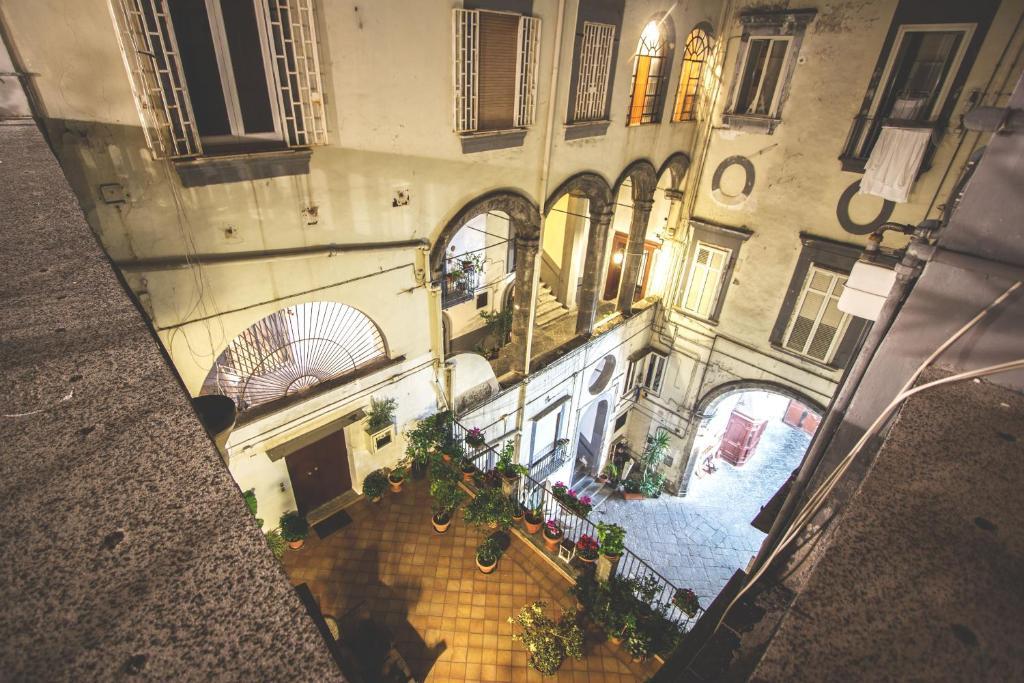 Was Heißt Loggia palazzo della loggia b b italien neapel booking com