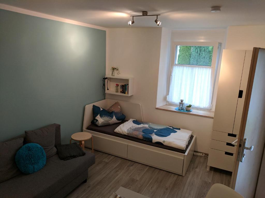 ferienwohnung nette kleine wohnung ot von kamenz deutschland kamenz. Black Bedroom Furniture Sets. Home Design Ideas