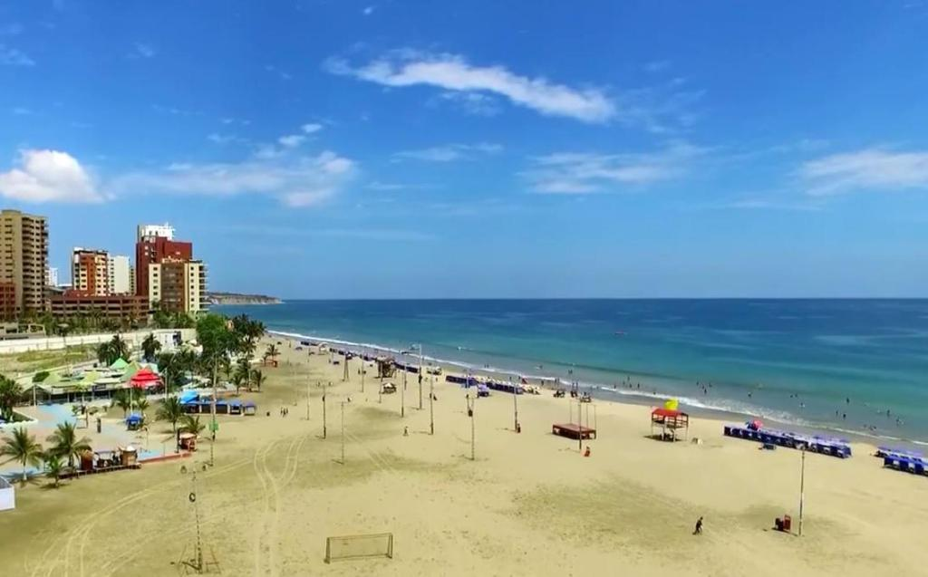 Guesthouse Playa Blue Hostal Manta Ecuador Booking Murciélago Beach