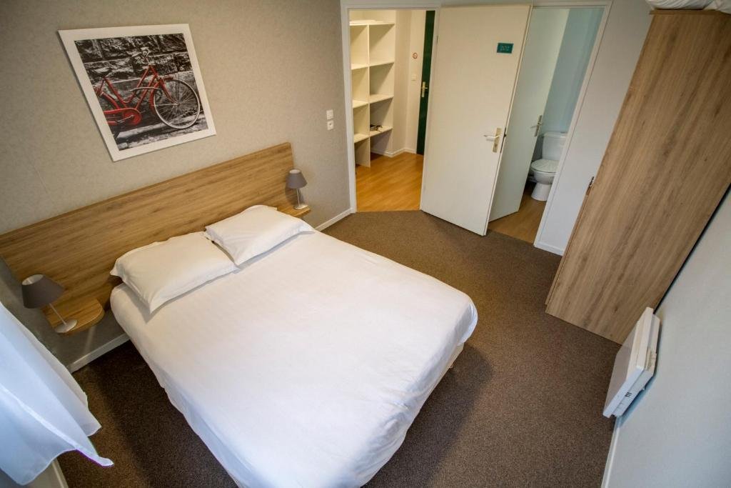 Appart hotel reims champ de mars Реймс u Оновлені ціни